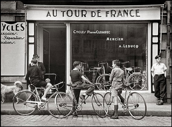Robert capa - Magasin de pierre paris ...
