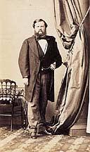 Alors Que Tant De Fonds Dateliers Photographiques Du XIXe Siecle Ont Entierement Disparu Celui Photographe Andre Adolphe Eugene Disderi 1819 1889